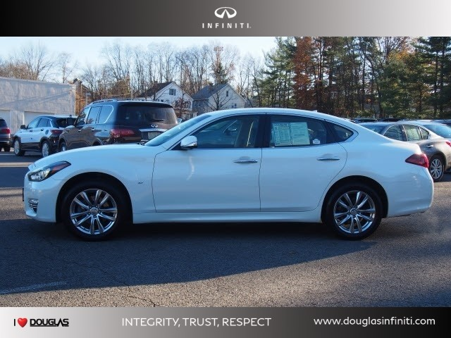 Certified Pre-Owned 2015 INFINITI Q70 4DR SDN V6 AWD
