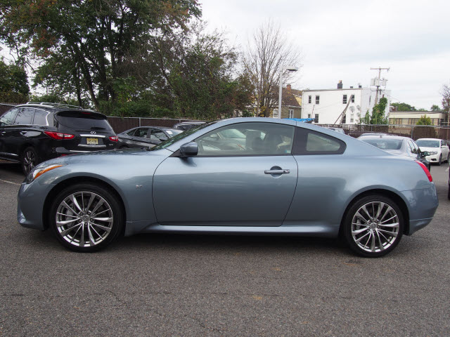 Certified Pre-Owned 2015 INFINITI Q60 Coupe Sport